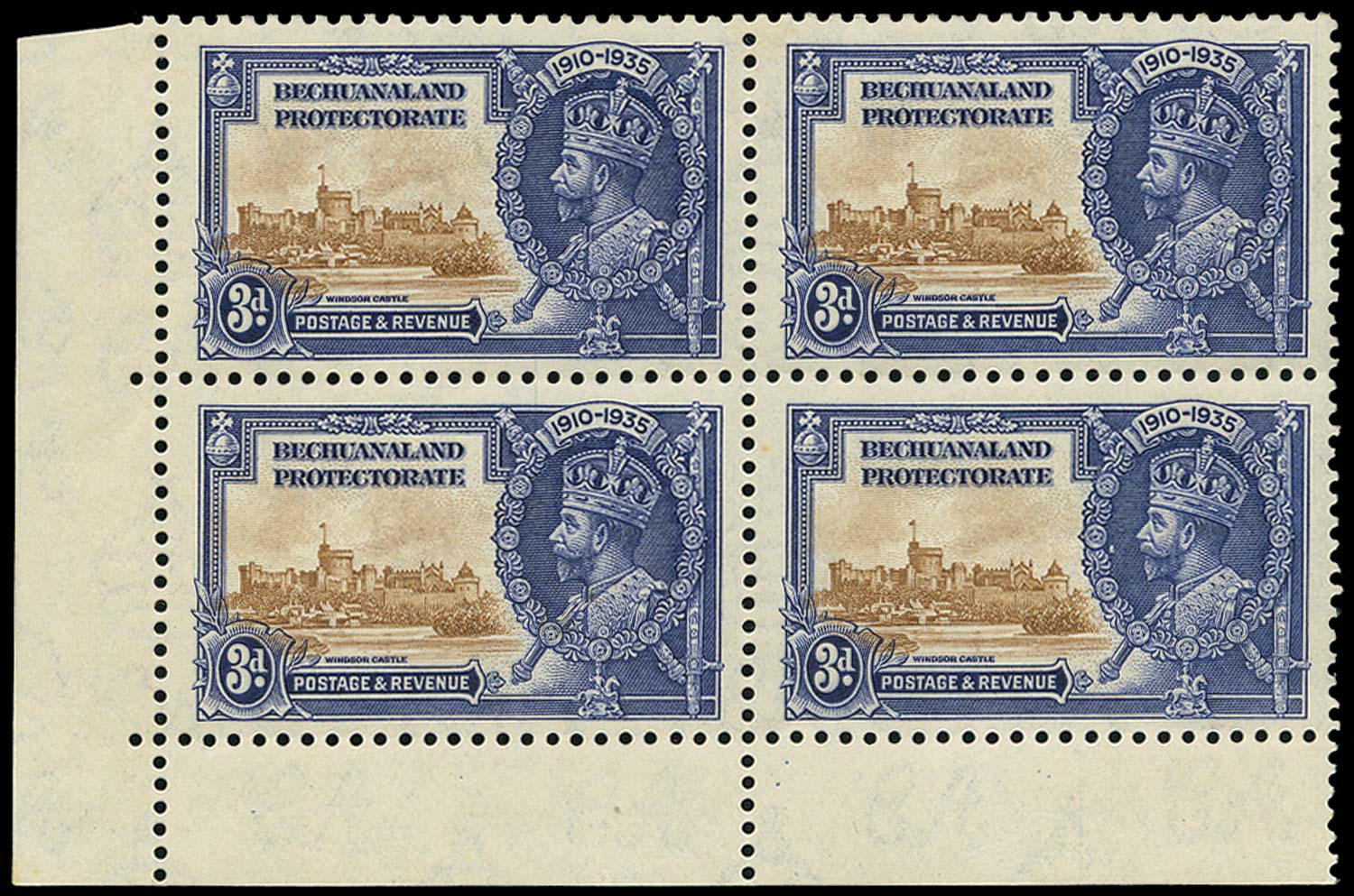 BECHUANALAND 1935  SG113/a Mint Silver Jubilee 3d with Extra Flagstaff