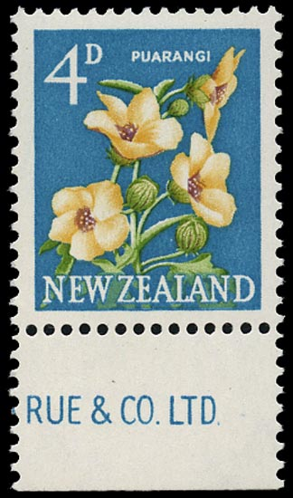 NEW ZEALAND 1960  SG786d Mint 4d Puarangi CHALK-SURFACED paper unmounted