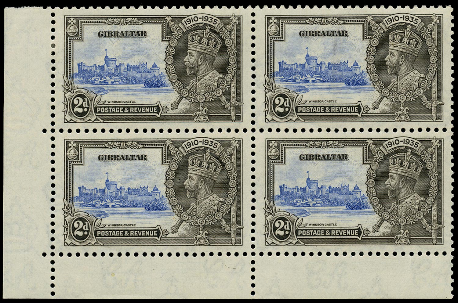 GIBRALTAR 1935  SG114a Mint Silver Jubilee 2d variety Extra Flagstaff