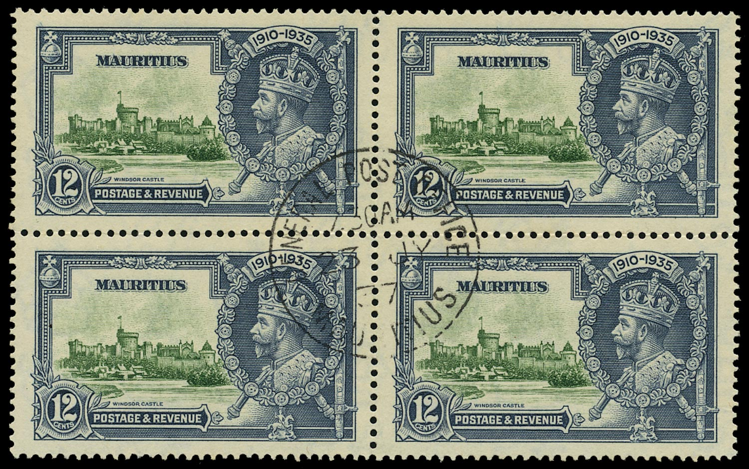 MAURITIUS 1935  SG246f Used Silver Jubilee 12c green and indigo variety Diagonal line by turret