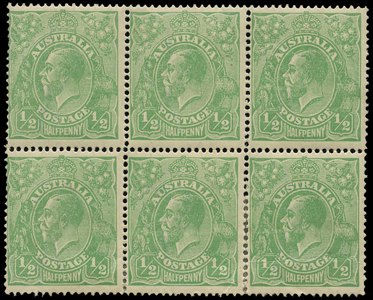 AUSTRALIA 1914  SG20 var Mint KGV ½d green wmk 5 electro 6 Retouch behind King's head and White flaw under shield